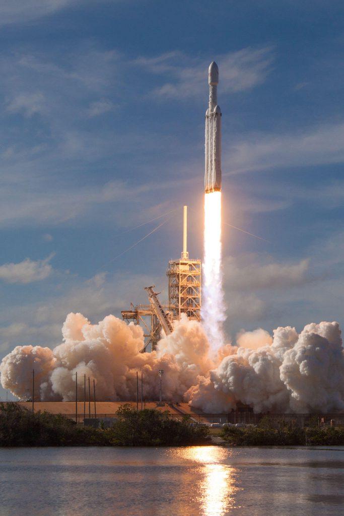 Test startu rakiety Falcon Heavy
