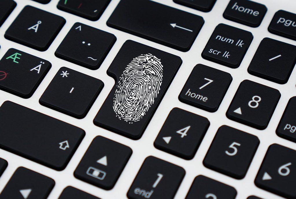 Cyber przestępstwa na świecie