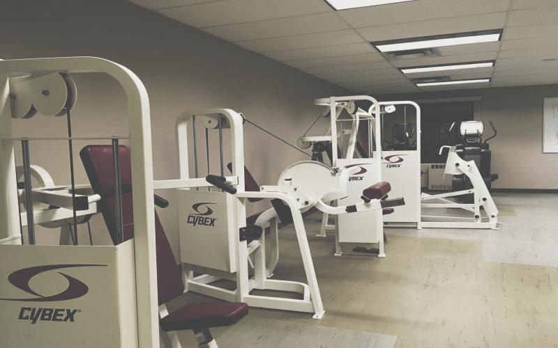 Sprzęt do ćwiczeń w siłowni