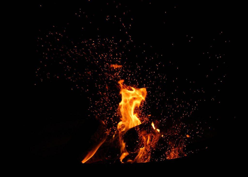 spotkanie przy ognisku