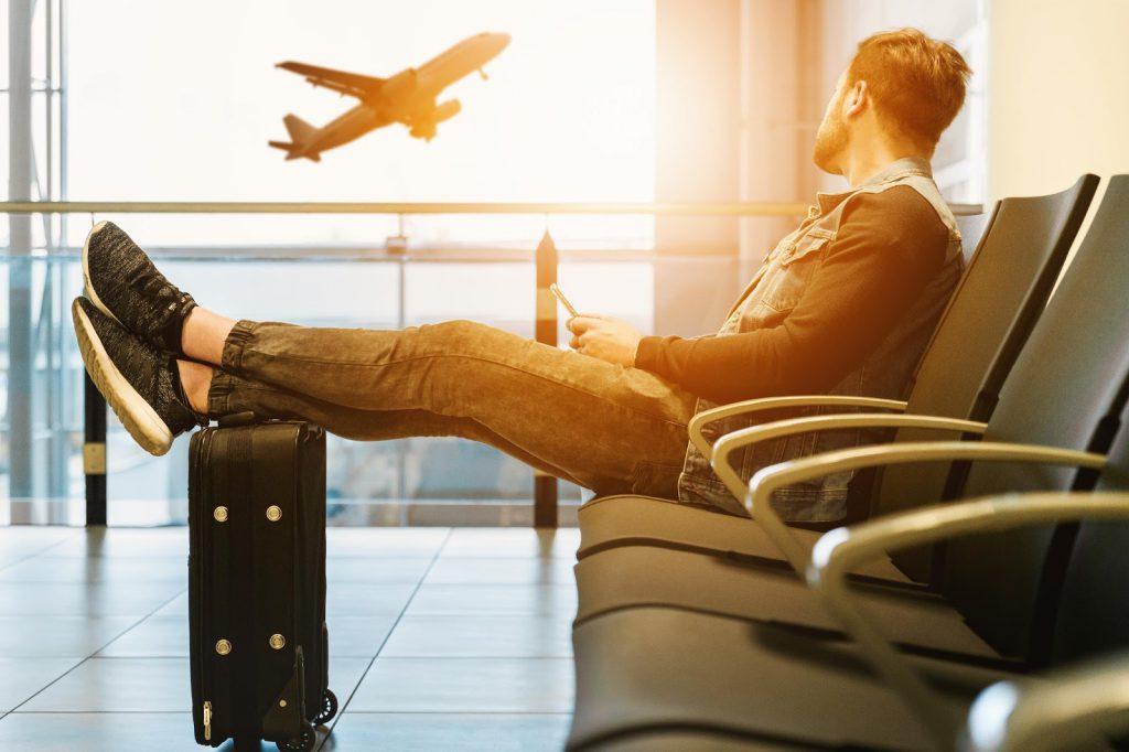 Prawo lotnicze- co warto wiedzieć?