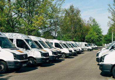 Kupno czy wypożyczenie samochodów dostawczych?